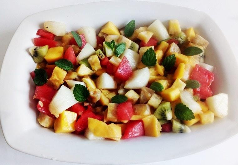 Тропическа плодова салата