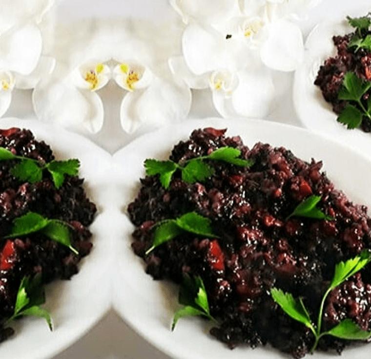 Черният ориз - изисканото ястие на императорите