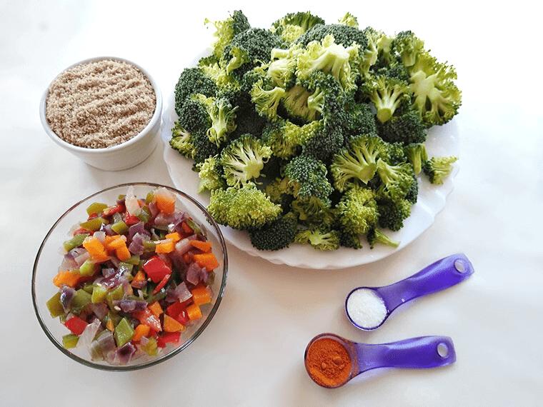 Броколи и зеленчуци в подготовка за запеканката