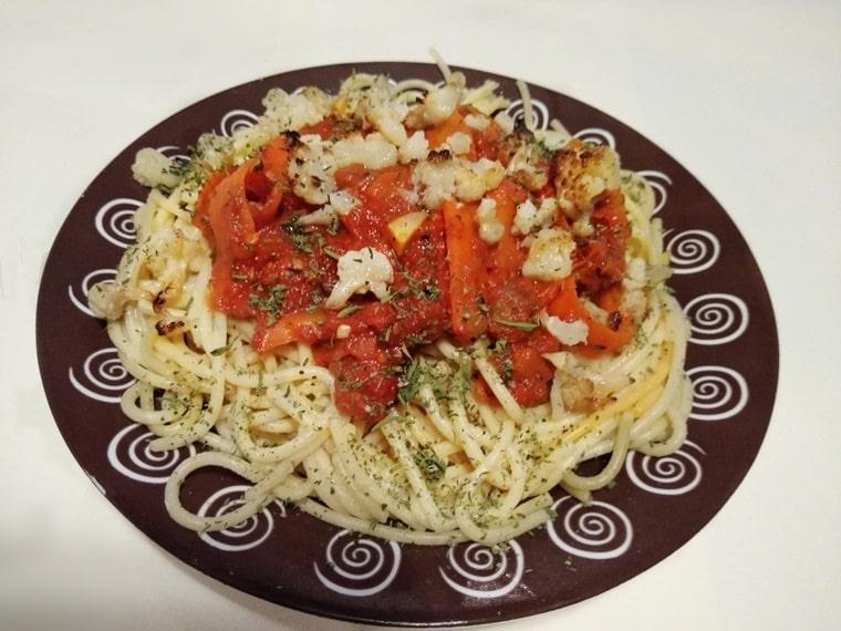3-цветни спагети с хрупкав карфиол