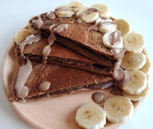 Палачинки с банан и какаов сусамов тахан