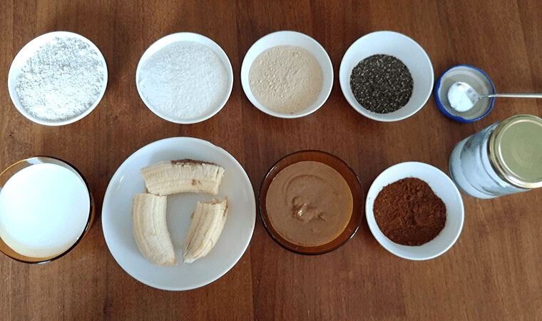 Продукти за палачинки с банан и какаов сусамов тахан