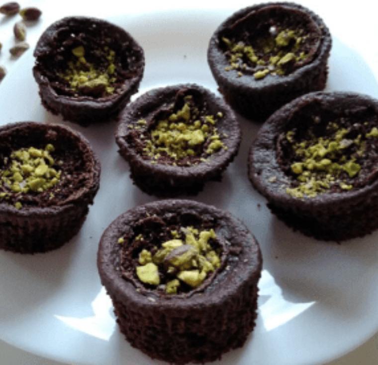 Веган шоколадови мъфини с овесено брашно - рецепта за закуска