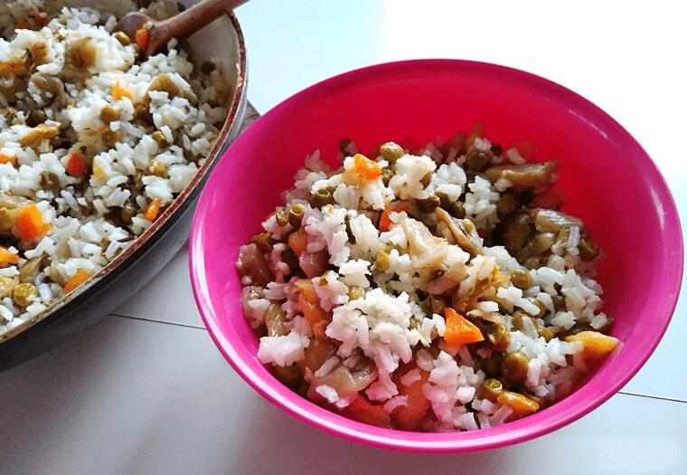 Ароматен ориз със зеленчуци – лесна веган рецепта