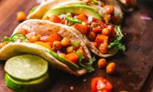 Read more about the article Мексикански такоси за вечеря